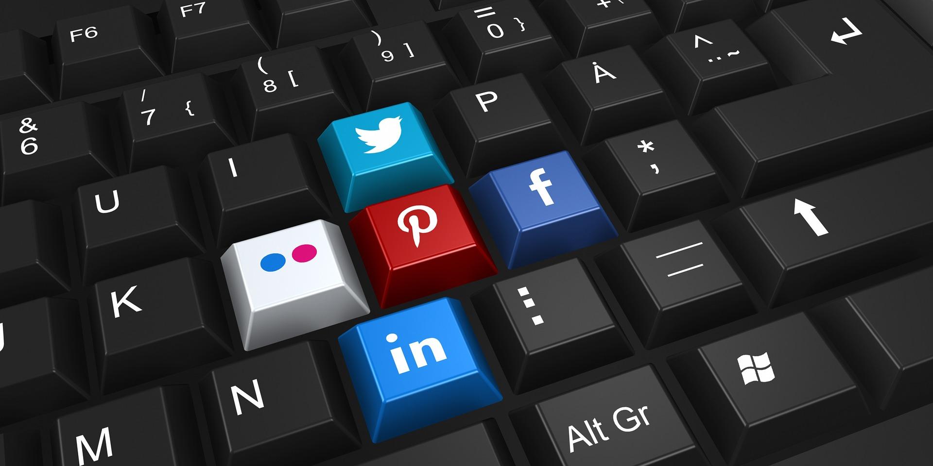 Sono un Social Media Specialist con Master!!!!!